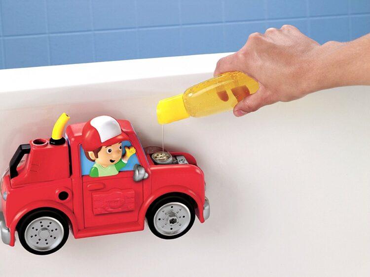 Il camioncino di Manny per il bagnetto