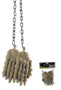 Mani scheletro con catena