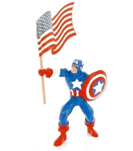Personaggio Capitan America con scudo e bandiera