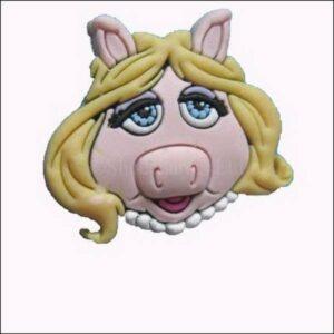Pins per Crocs o braccialetti Miss Piggy