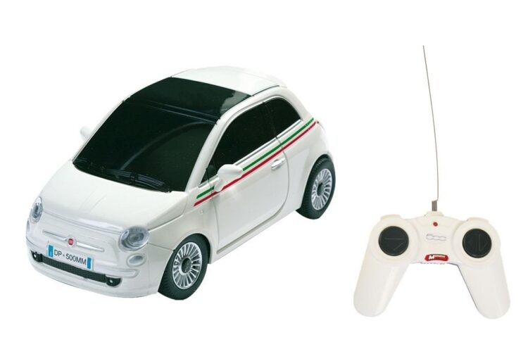 Nuova Fiat 500 Radiocomandata